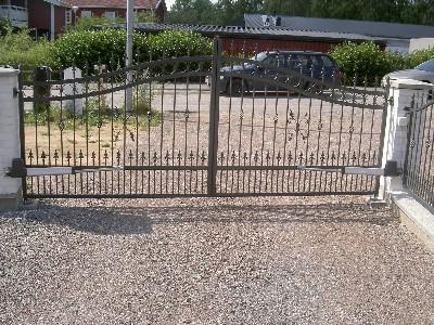 Granslanor staket säljes